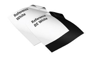 Reference White projectiedoek, voor in de projectieschermen van Adeo.